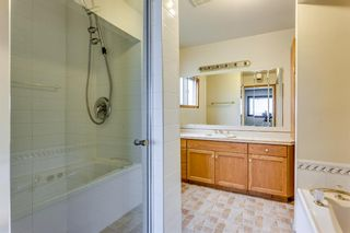 Photo 17: 2510 26 Street SE in Calgary: Southview Detached for sale : MLS®# A1105105