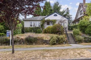 Photo 3: 4049 W 35TH Avenue in Vancouver: Dunbar House for sale (Vancouver West)  : MLS®# R2603172