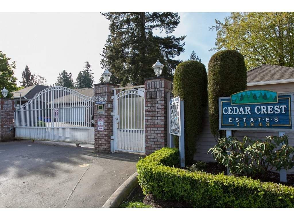 """Main Photo: 8 21848 50 Avenue in Langley: Murrayville Townhouse for sale in """"CEDAR CREST ESTATES"""" : MLS®# R2132089"""