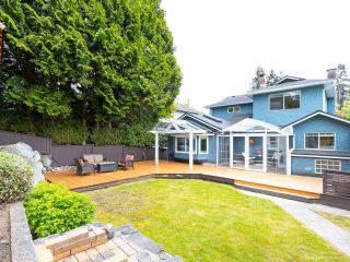 Photo 2: 206 W 23RD Street in North Vancouver: Central Lonsdale House for sale : MLS®# R2605422