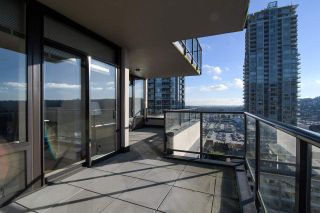 "Photo 12: 1903 2959 GLEN Drive in Coquitlam: North Coquitlam Condo for sale in ""PARC"" : MLS®# R2239898"