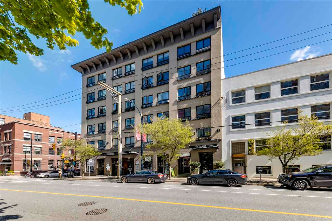 "Main Photo: 406 1216 HOMER Street in Vancouver: Yaletown Condo for sale in ""The Murchies Building"" (Vancouver West)  : MLS®# R2575743"