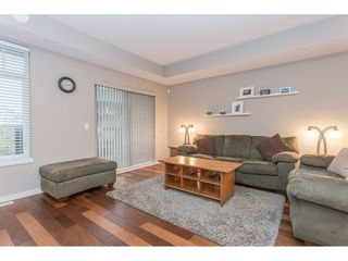 """Photo 4: 132 2000 PANORAMA Drive in Port Moody: Heritage Woods PM Townhouse for sale in """"MOUNTAINS EDGE"""" : MLS®# R2223784"""