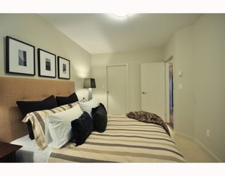 """Photo 5: 204 2008 E 54TH Avenue in Vancouver: Fraserview VE Condo for sale in """"CEDAR 54"""" (Vancouver East)  : MLS®# V799278"""