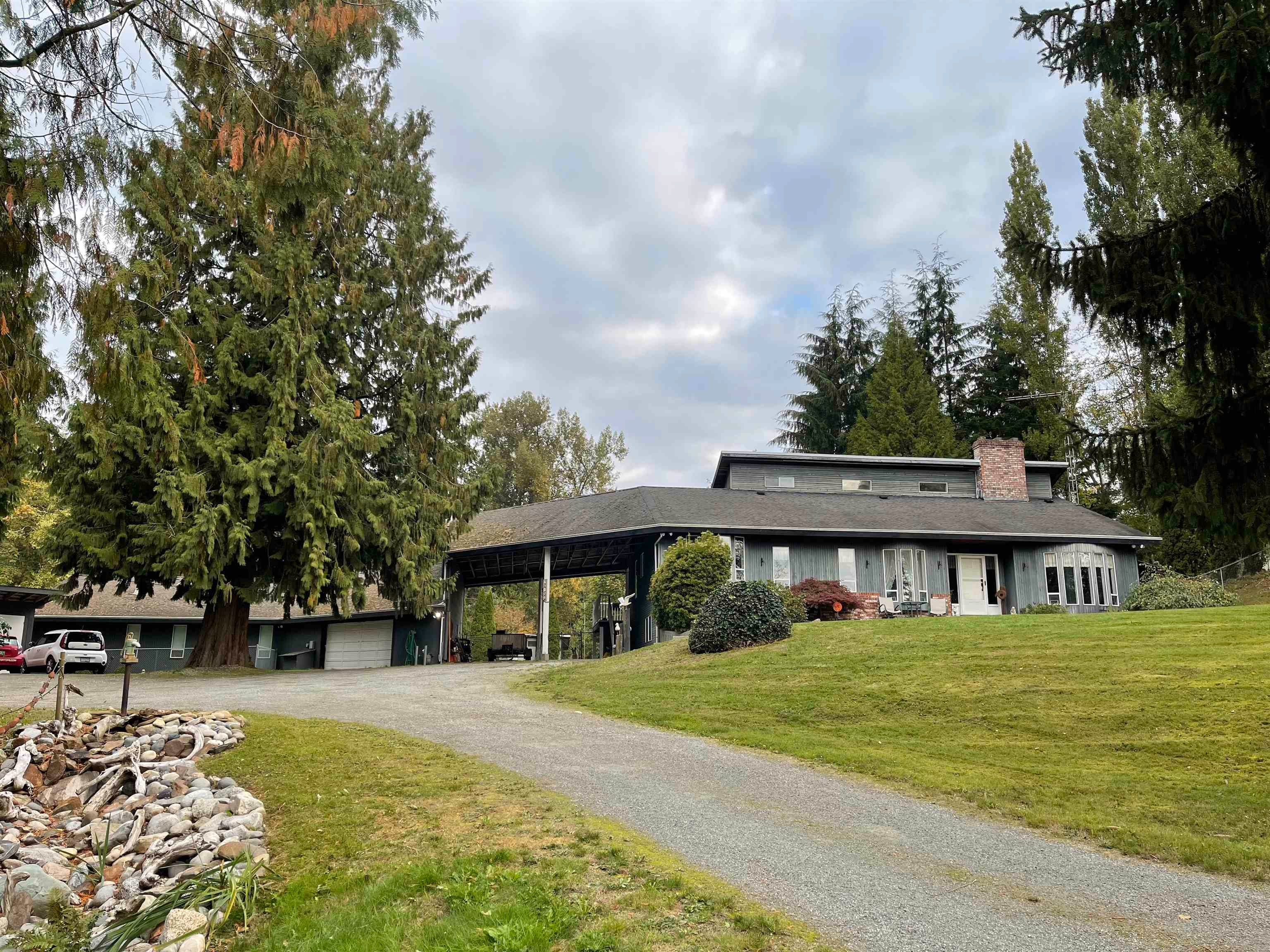 """Main Photo: 26153 4 Avenue in Langley: Otter District House for sale in """"OTTER DISTRICT"""" : MLS®# R2623307"""