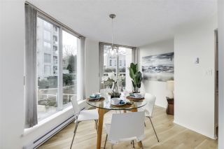 """Photo 8: 405 71 JAMIESON Court in New Westminster: Fraserview NW Condo for sale in """"Palace Quay"""" : MLS®# R2543088"""