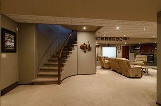 Photo 48: 71 McDowell Drive in Winnipeg: Charleswood Residential for sale (South Winnipeg)  : MLS®# 1600741