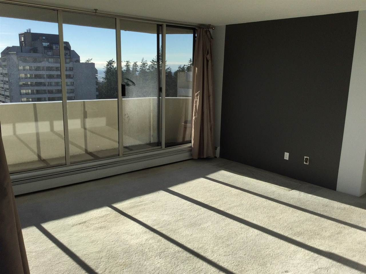 """Photo 8: Photos: 1802 4300 MAYBERRY Street in Burnaby: Metrotown Condo for sale in """"Times Square"""" (Burnaby South)  : MLS®# R2529822"""
