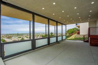 Photo 41: POINT LOMA House for sale : 4 bedrooms : 2732 Nipoma St in San Diego