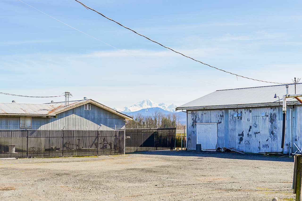 Photo 27: Photos: 1458 GLADWIN Road in Abbotsford: Poplar House for sale : MLS®# R2547303