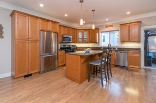 Photo 15: 2289 Nicki Pl in : La Thetis Heights House for sale (Langford)  : MLS®# 885701