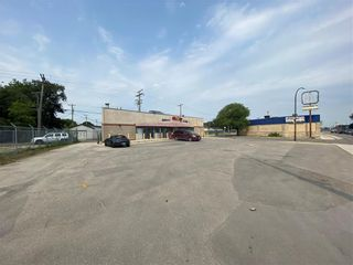 Photo 2: 42 Keewatin Street in Winnipeg: Industrial / Commercial / Investment for sale (5D)  : MLS®# 202119677