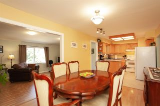 Photo 7: 13893 77A Avenue in Surrey: East Newton House for sale : MLS®# R2303426