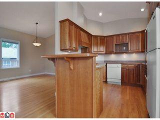 "Photo 8: 1047 STEVENS Street: White Rock House for sale in ""WHITE ROCK"" (South Surrey White Rock)  : MLS®# F1209554"