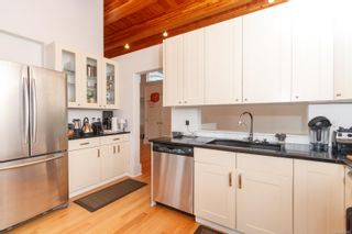 Photo 10: 3360 Ravenwood Rd in : Co Triangle House for sale (Colwood)  : MLS®# 874060