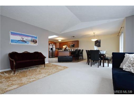 Photo 6: Photos: 606 Glacier Ridge in VICTORIA: La Mill Hill House for sale (Langford)  : MLS®# 749715