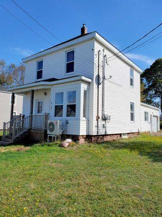 Photo 1: 62 west Pleasant Street in Amherst: 101-Amherst,Brookdale,Warren Residential for sale (Northern Region)  : MLS®# 202021517