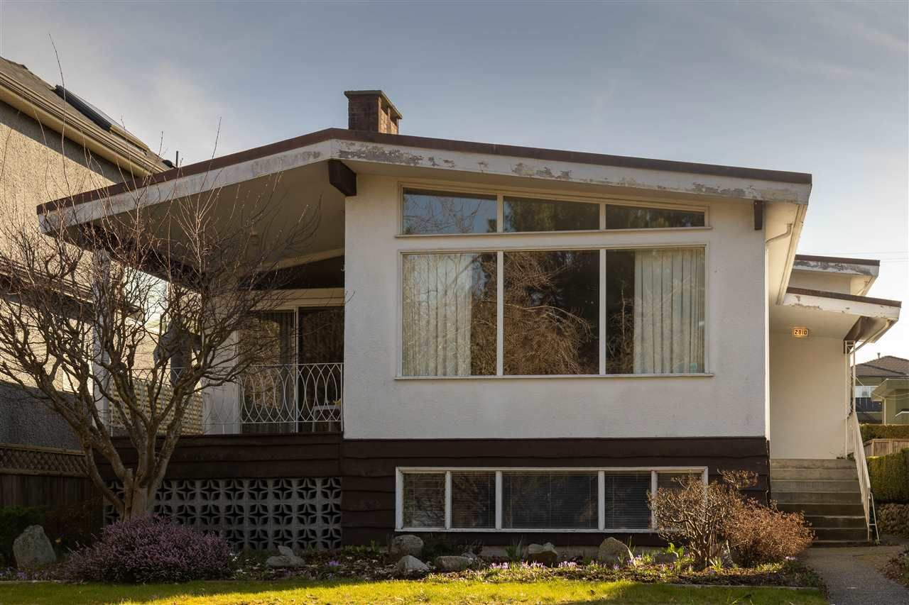 Main Photo: 2810 E 48TH AVENUE in Vancouver: Killarney VE House for sale (Vancouver East)  : MLS®# R2553146