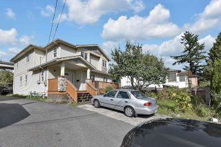 Photo 2: 2139 MARINE Way in New Westminster: Connaught Heights House for sale : MLS®# R2623462
