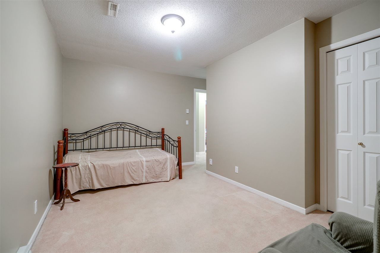 Photo 17: Photos: 30 22740 116 Avenue in Maple Ridge: East Central Townhouse for sale : MLS®# R2220079
