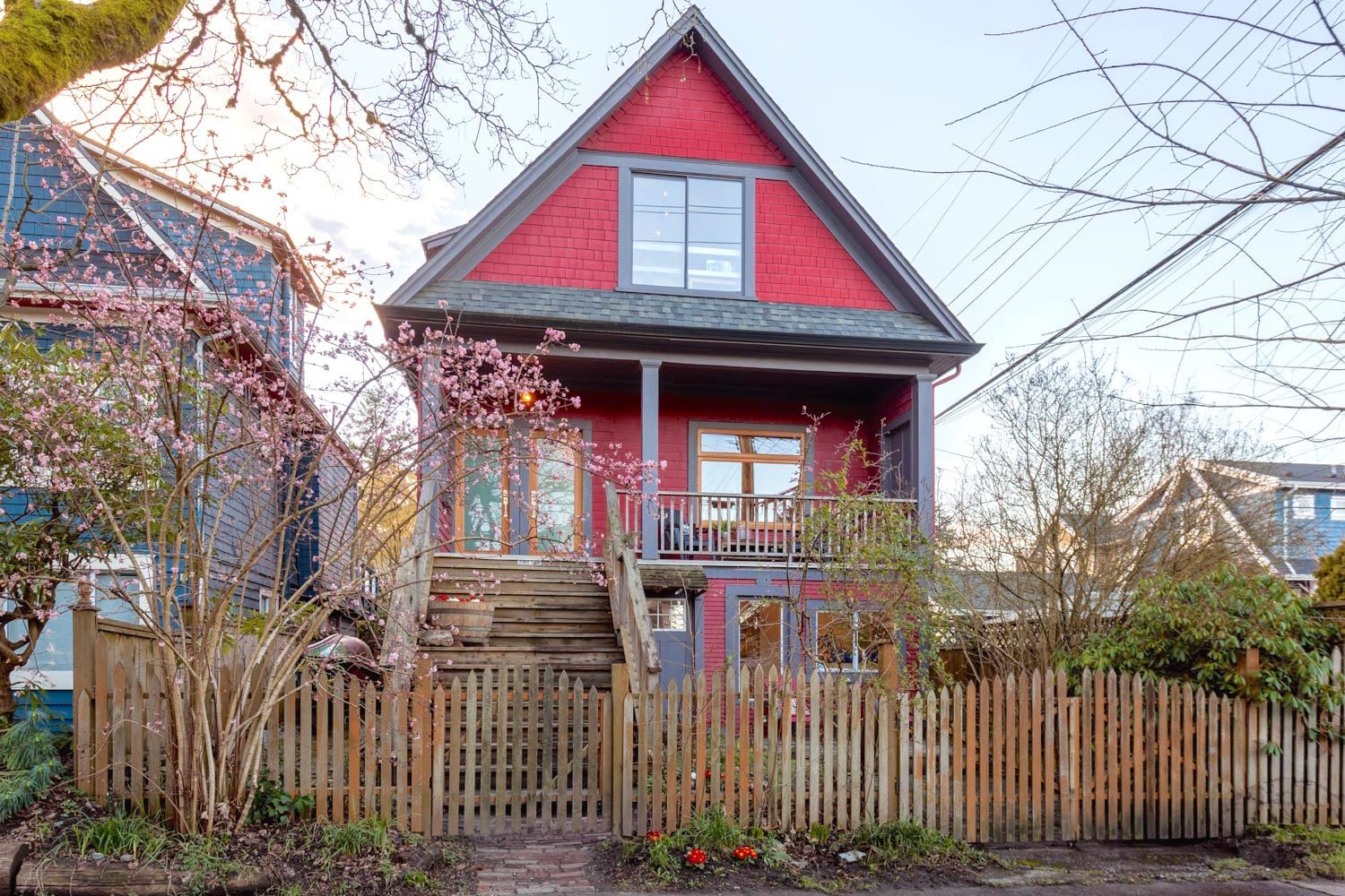 Main Photo: 2833 WINDSOR Street in Vancouver: Mount Pleasant VE House for sale (Vancouver East)  : MLS®# R2238720