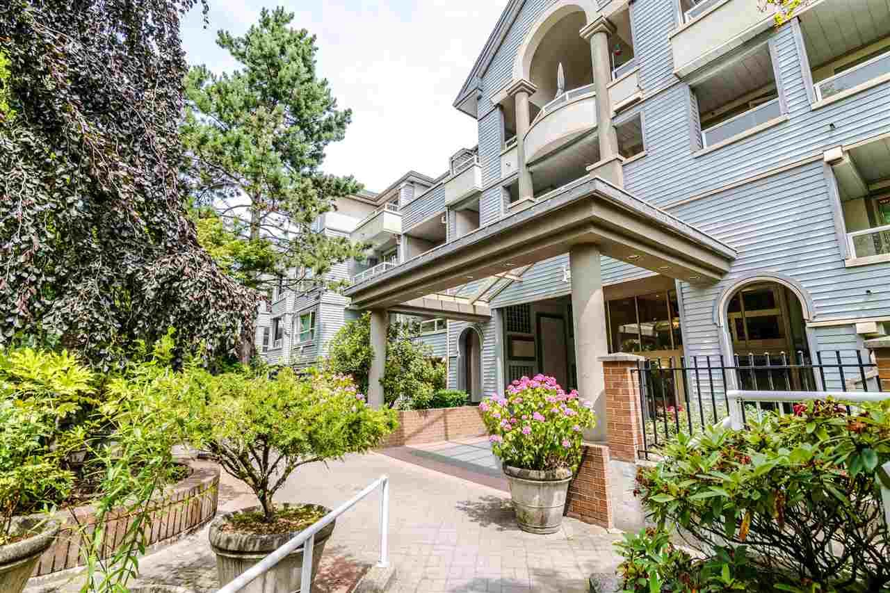 "Main Photo: 301 7326 ANTRIM Avenue in Burnaby: Metrotown Condo for sale in ""SOVEREIGN MANOR"" (Burnaby South)  : MLS®# R2400803"