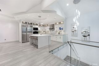 Photo 11: 13531 MARINE Drive in Surrey: Crescent Bch Ocean Pk. House for sale (South Surrey White Rock)  : MLS®# R2543344