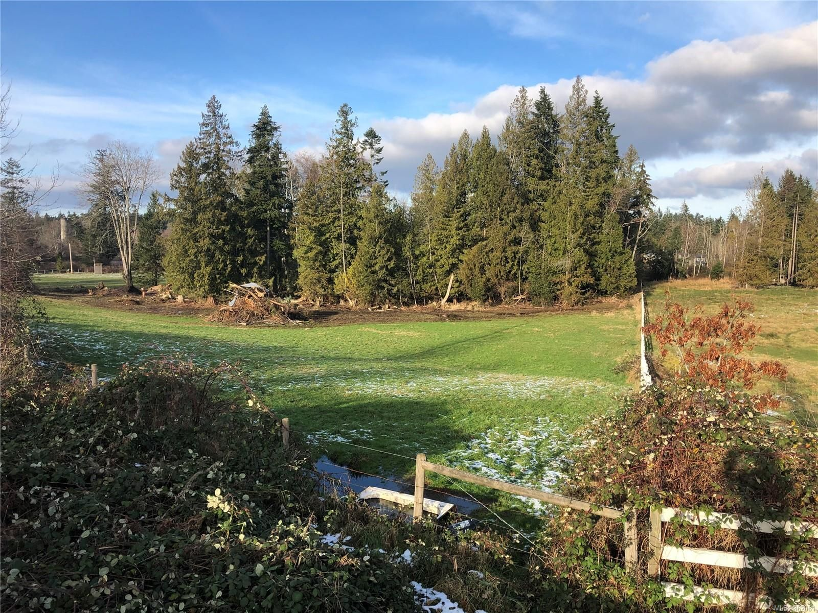 Main Photo: LOT 7 Munroe Rd in : Na North Jingle Pot Land for sale (Nanaimo)  : MLS®# 862061