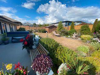 Photo 14: 5628 PETERS Crescent in Sechelt: Sechelt District House for sale (Sunshine Coast)  : MLS®# R2608126