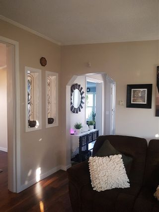 """Photo 7: 98 1840 160 Street in Surrey: King George Corridor Manufactured Home for sale in """"Breakaway Bays"""" (South Surrey White Rock)  : MLS®# R2312911"""