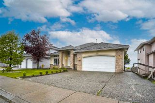 """Photo 37: 3543 SUMMIT Drive in Abbotsford: Abbotsford West House for sale in """"NORTH-WEST ABBOTSFORD"""" : MLS®# R2576033"""