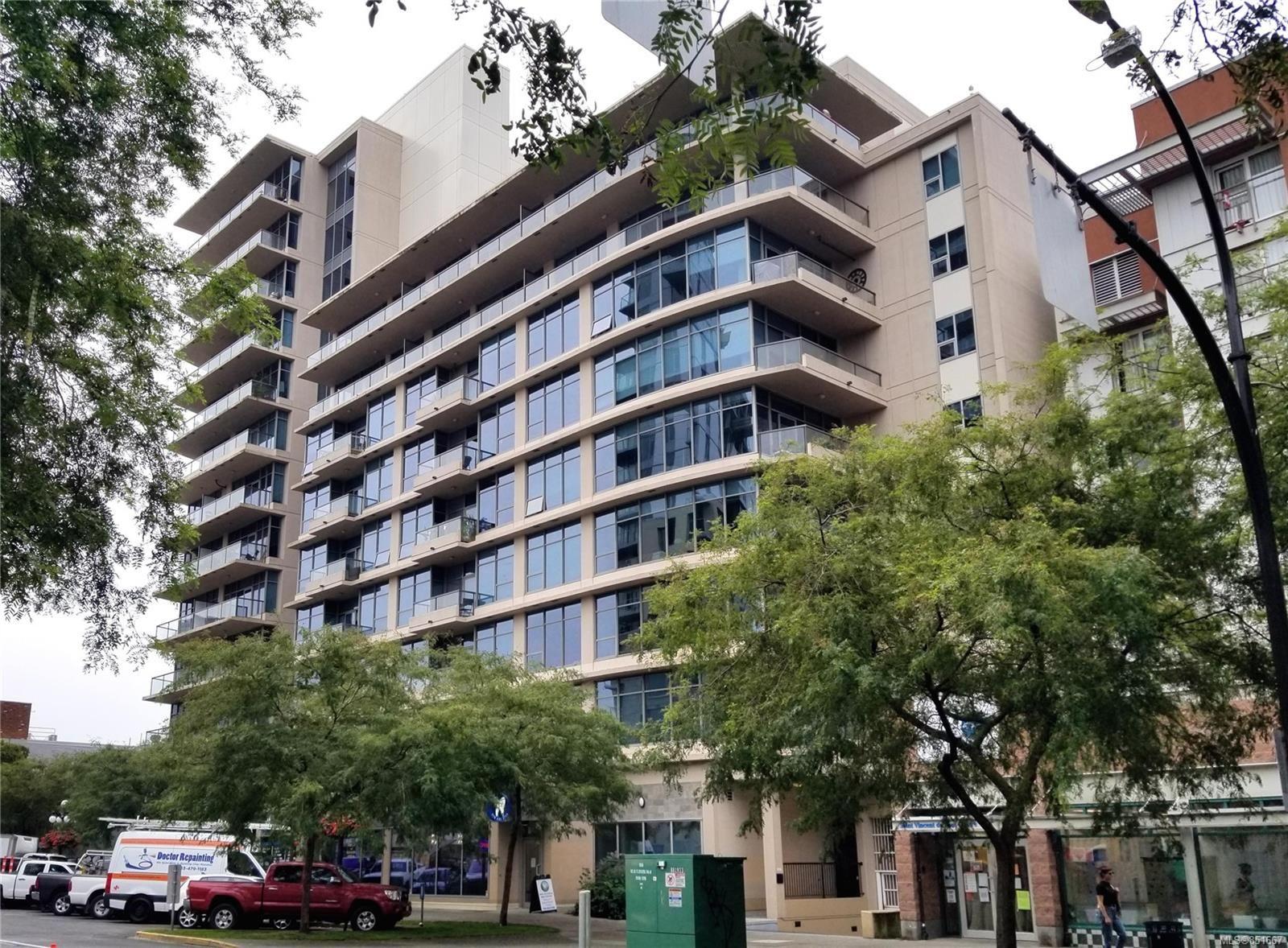 Main Photo: 811 845 Yates St in : Vi Downtown Condo for sale (Victoria)  : MLS®# 851667