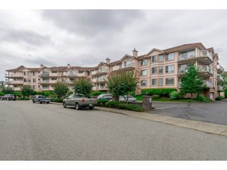 Photo 2: 208 5375 205 STREET in Langley: Langley City Condo for sale : MLS®# R2295267
