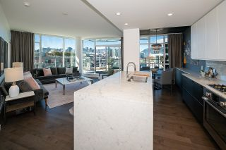 """Photo 5: 1103 88 W 1ST Avenue in Vancouver: False Creek Condo for sale in """"THE ONE"""" (Vancouver West)  : MLS®# R2624687"""