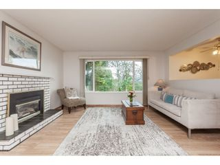 Photo 3: 26440 29 Avenue in Langley: Aldergrove Langley House for sale : MLS®# R2424500