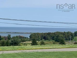 Photo 2: 5718 Little Harbour Road in Kings Head: 108-Rural Pictou County Residential for sale (Northern Region)  : MLS®# 202122333