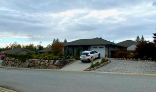 """Photo 10: 6262 APOLLO Road in Sechelt: Sechelt District House for sale in """"Tyler Heights"""" (Sunshine Coast)  : MLS®# R2623830"""
