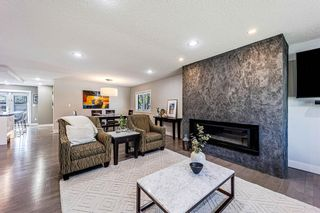 Photo 5: 9 Manor Road SW in Calgary: Meadowlark Park Detached for sale : MLS®# A1116064