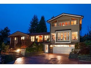 Photo 2: 745 BAYCREST Drive in North Vancouver: Home for sale : MLS®# V1105183