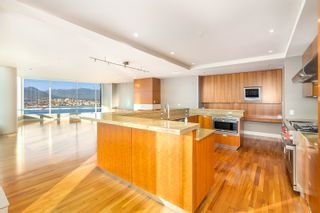 """Photo 9: 3102 1077 W CORDOVA Street in Vancouver: Coal Harbour Condo for sale in """"Shaw Tower"""" (Vancouver West)  : MLS®# R2624531"""