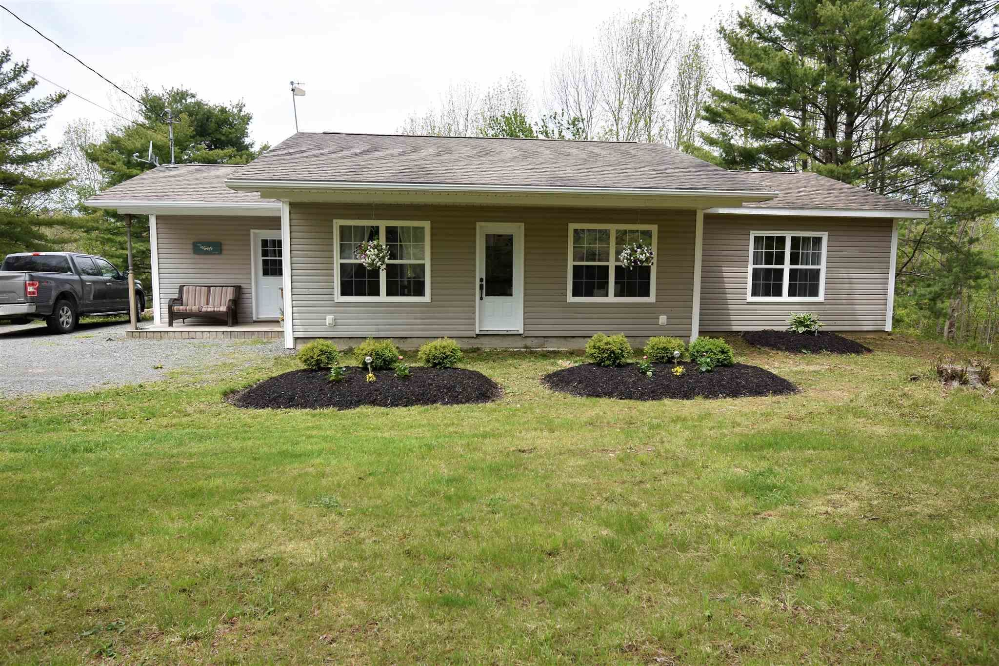 Main Photo: 3931 SISSIBOO Road in South Range: 401-Digby County Residential for sale (Annapolis Valley)  : MLS®# 202113373
