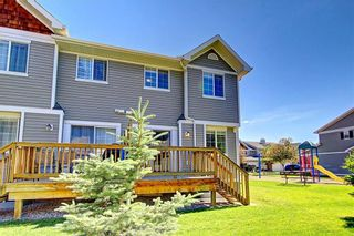 Photo 24: 51 COUNTRY VILLAGE Villas NE in Calgary: Country Hills Village Row/Townhouse for sale : MLS®# C4280455