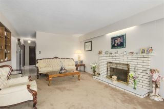 Photo 3: 4316 BEATRICE Street in Vancouver: Victoria VE House for sale (Vancouver East)  : MLS®# R2294008