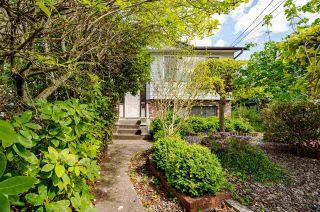 Photo 2: 9044 123A Street in Surrey: Cedar Hills House for sale (North Surrey)  : MLS®# R2576224