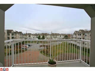 """Photo 10: 316 20896 57TH Avenue in Langley: Langley City Condo for sale in """"BAYBERRY"""" : MLS®# F1107345"""