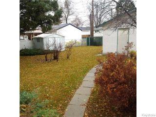 Photo 2: 876 Knox Street in WINNIPEG: Westwood / Crestview Residential for sale (West Winnipeg)  : MLS®# 1529794