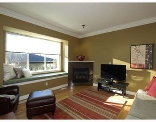 Photo 5: 431 W 16TH Street in North Vancouver: Central Lonsdale 1/2 Duplex for sale : MLS®# V804466