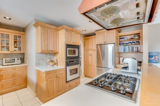 """Photo 7: 8217 WOODLAKE Court in Burnaby: Government Road House for sale in """"GOVERNMENT ROAD AREA"""" (Burnaby North)  : MLS®# R2159294"""