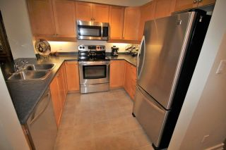 """Photo 10: 305 808 SANGSTER Place in New Westminster: The Heights NW Condo for sale in """"THE BROCKTON"""" : MLS®# R2294830"""