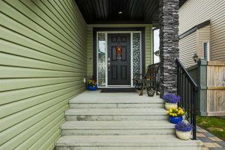 Photo 3: 1175 HAYS Drive in Edmonton: Zone 58 House for sale : MLS®# E4236336